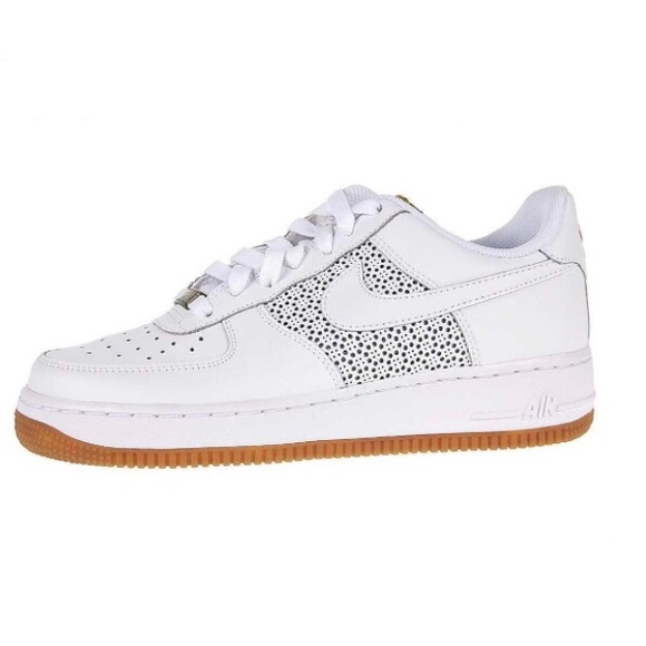 b6b241c5 Nike Air Force 1 82' White Gum Sole Sneakers. M_5b37bae8a5d7c60cfefd5dde